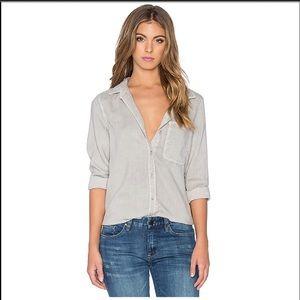 NWT Bella Dahl Shirt Tail Button Up in Oxford Tan